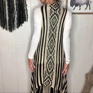 Long knit lightweight black and beige sweater vest